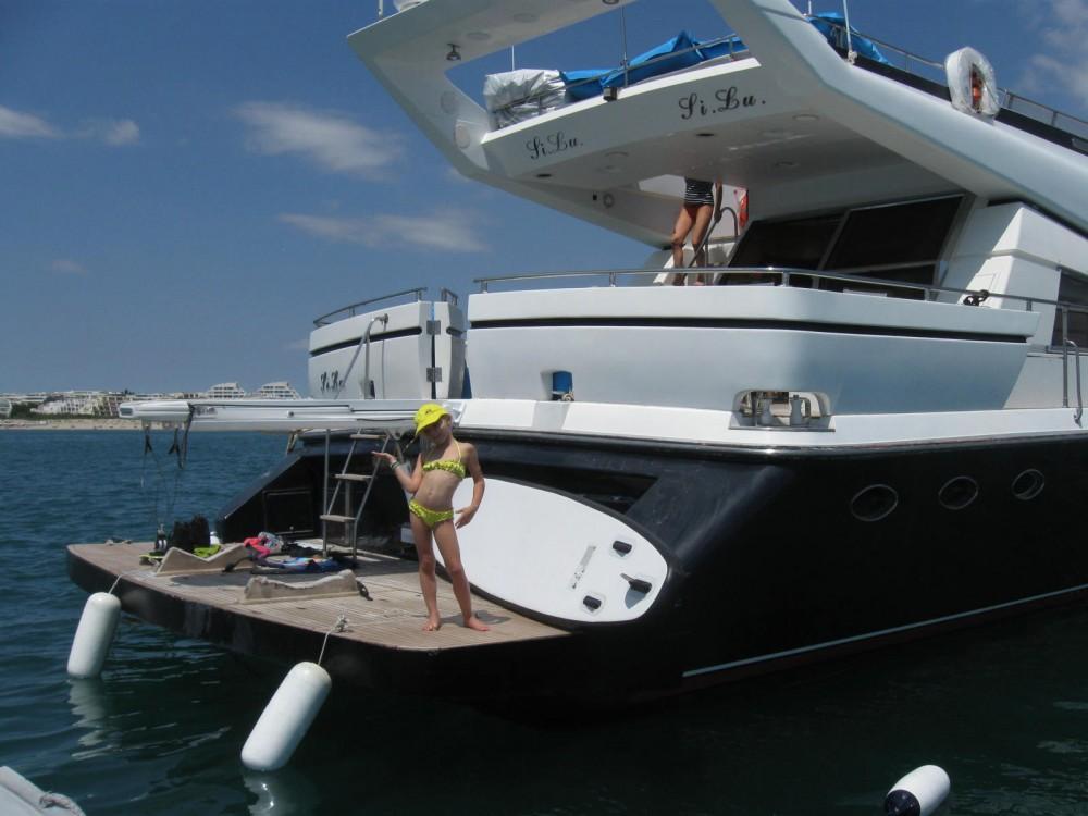 Location yacht à La Grande-Motte - Johnson Johnson 65 sur SamBoat