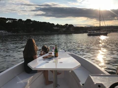 Louez un Sans Permis Lagoon 55 à Beaulieu-sur-Mer