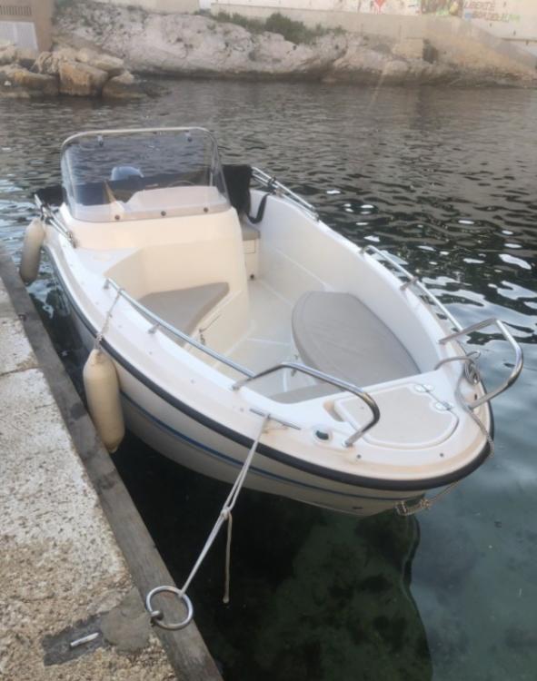 Rental Motor boat in Marseille - Quicksilver Activ 455 Open