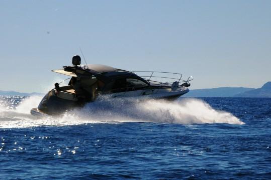 Boat rental Jeanneau Prestige 42 S in Bordighera on Samboat