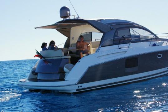Location bateau Jeanneau Prestige 42 S à Sanremo sur Samboat