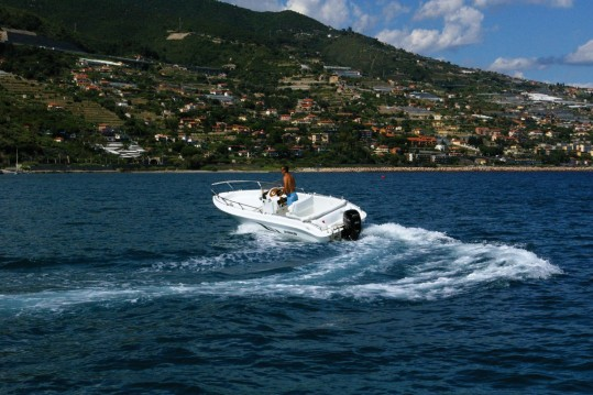 Rental Motor boat Cantieri Del Canale with a permit