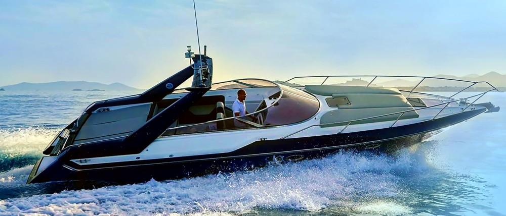 Alquiler de yate La Savina - Sunseeker Thunderhawk 43 en SamBoat