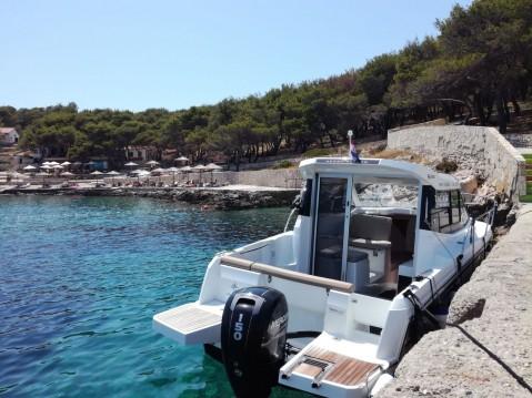 Louez un Jeanneau Merry Fisher 695 à Split