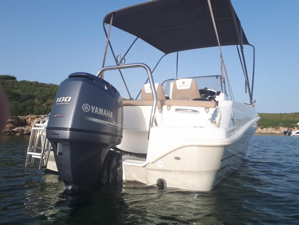 Alquiler de barcos Fornells barato de Cap Camarat 5.5 CC Serie 2