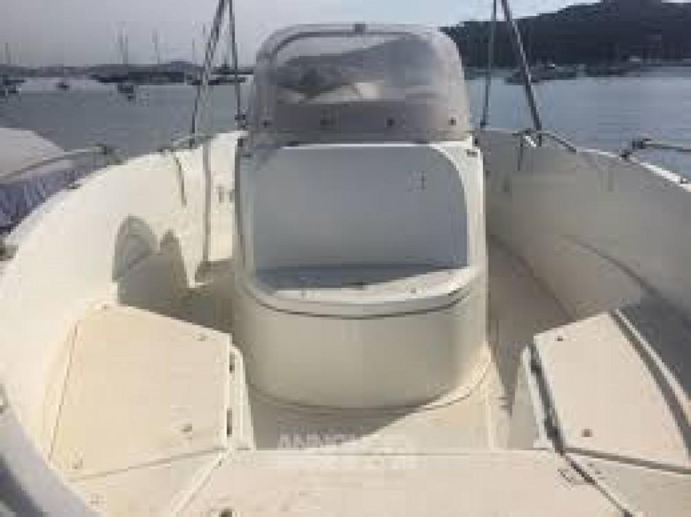 Location bateau La Flotte pas cher Flyer 5.5