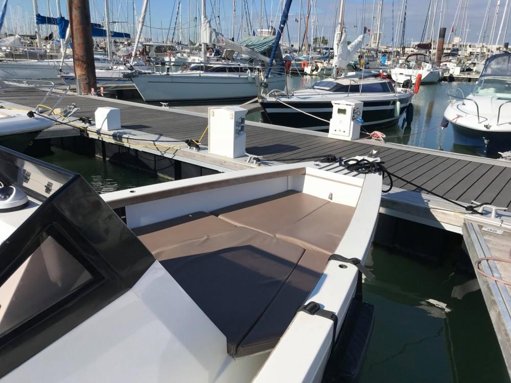 Smarboat Smartboat 23 entre particuliers et professionnel à La Rochelle