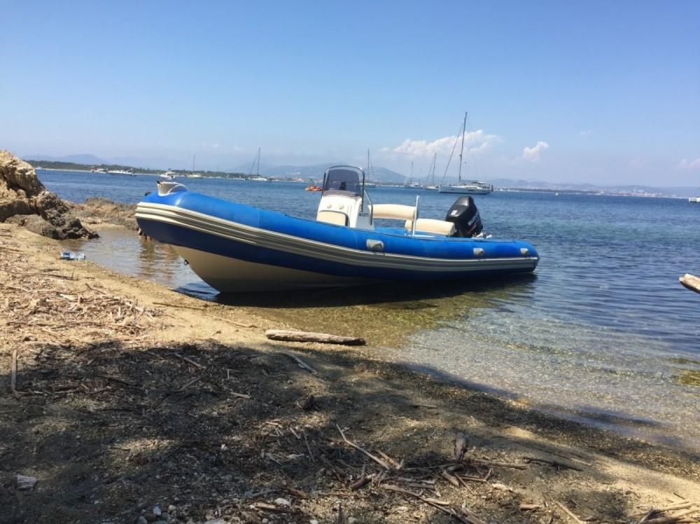 Location bateau Bombard Sunrider à La Ciotat sur Samboat