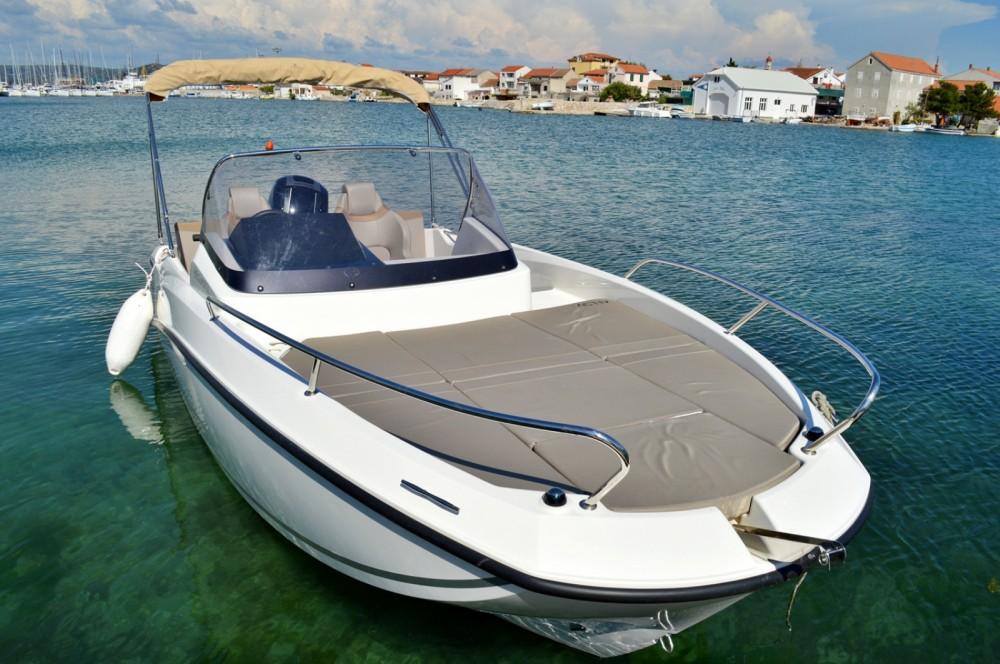 Location yacht à Betina - Quicksilver Activ 605 Sundeck sur SamBoat