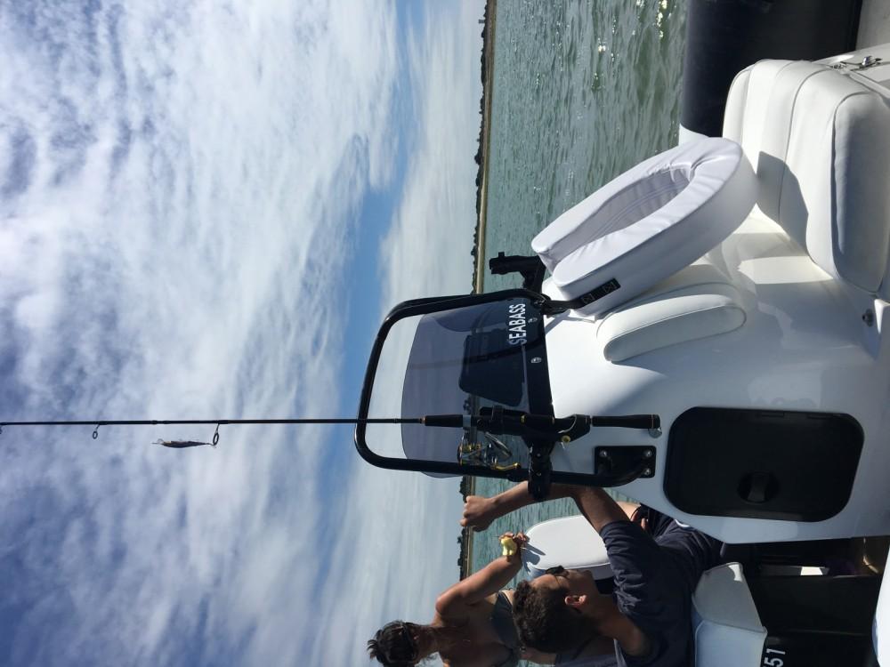Location bateau Humber 6.30 pro océan à Saint-Martin-de-Ré sur Samboat