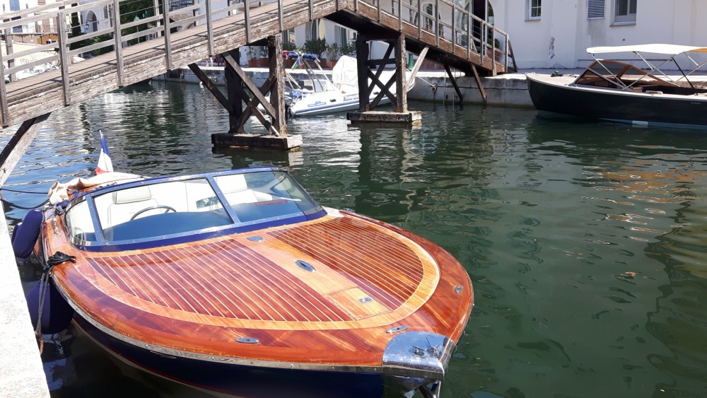 Boat rental Kral Kral 700 Classic in Saint-Tropez on Samboat