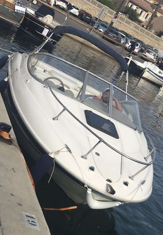 Bayliner Capri entre particuliers et professionnel à La Ciotat