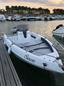 Location bateau Aquabat Sport Line 19 à Marseille sur Samboat