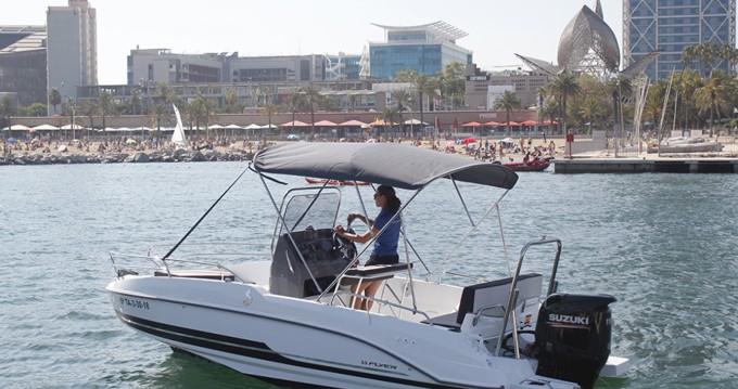Louer Bateau à moteur avec ou sans skipper Bénéteau à Barcelone