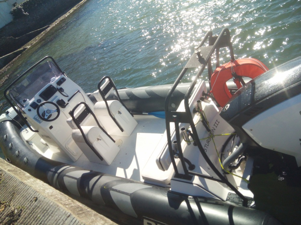 Boat rental Locmariaquer cheap Navigator 610