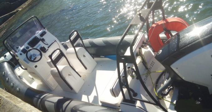 Location bateau Locmariaquer pas cher Navigator 610