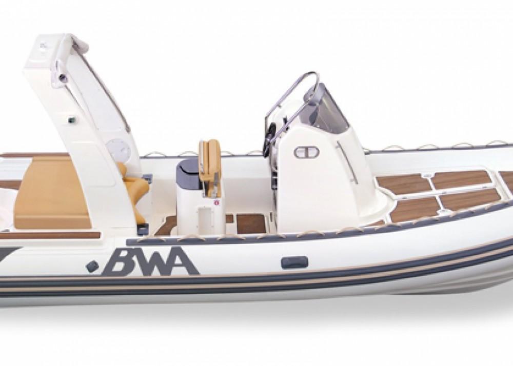 Louer Semi-rigide avec ou sans skipper Bwa à Ibiza