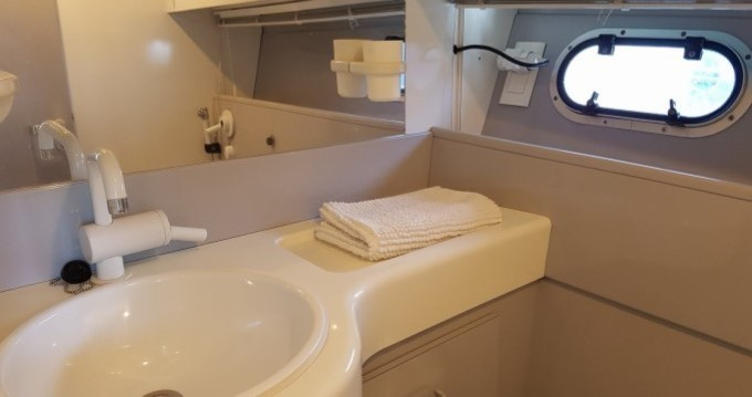 Rental Yacht in Torrevieja - Mochi Craft Mochi Craft 42 Fly