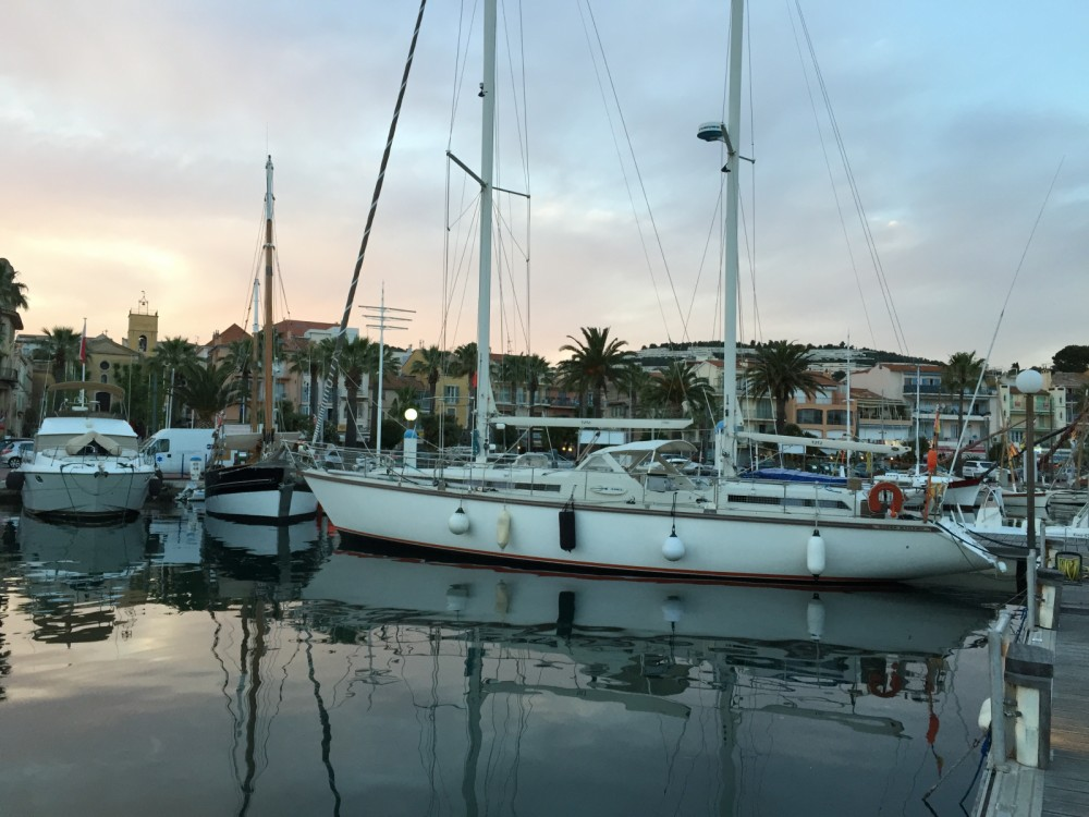 Bootverhuur Amel Super Maramu in Bastia via SamBoat