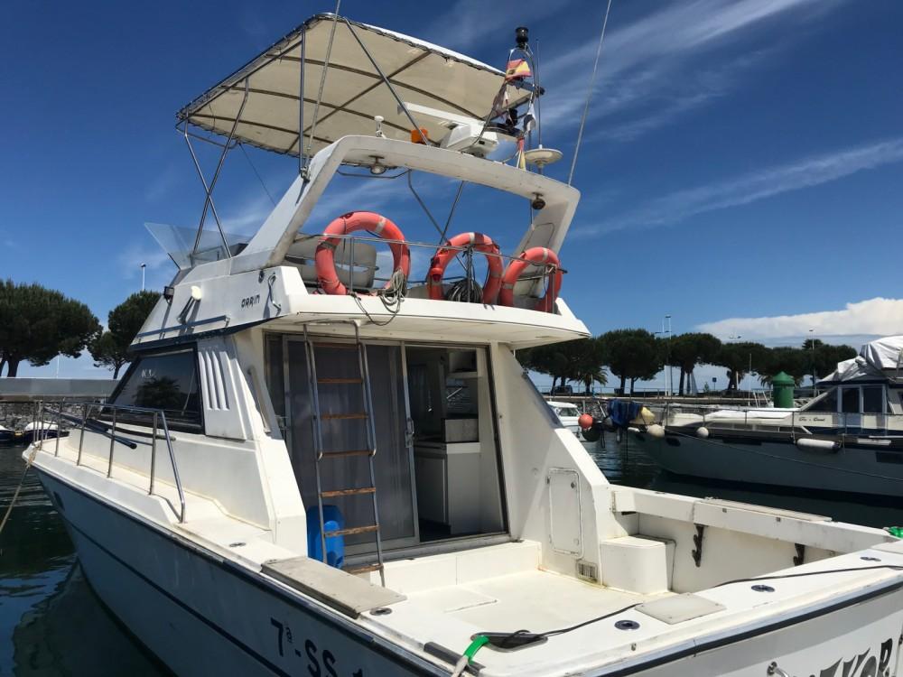 Alquiler de barcos Hendaya barato de vedette