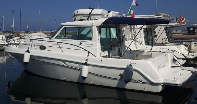 Louer Bateau à moteur avec ou sans skipper Faeton à Viareggio