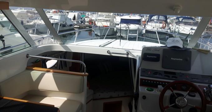 Rental yacht Viareggio - Faeton Faeton 910 Moraga on SamBoat