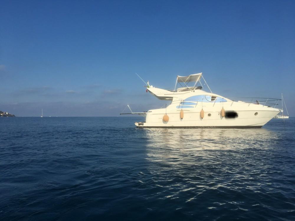 Rental Motor boat in Imperia - Azimut Azimut 39