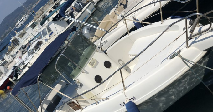 Capelli Cap 23 WA entre particuliers et professionnel à Saint-Tropez