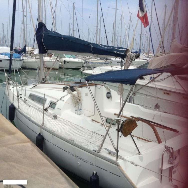 Jeanneau Sun Odyssey 26 zwischen Privatpersonen und professionellem Anbieter Saint-Laurent-du-Var
