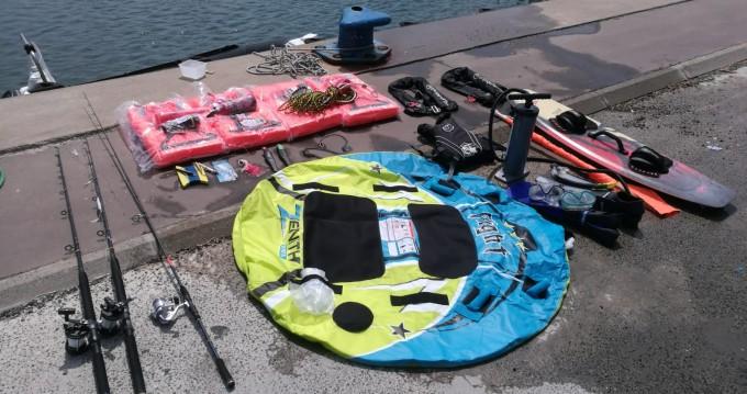 Location bateau Bombard Explorer 500 à Canet-en-Roussillon sur Samboat