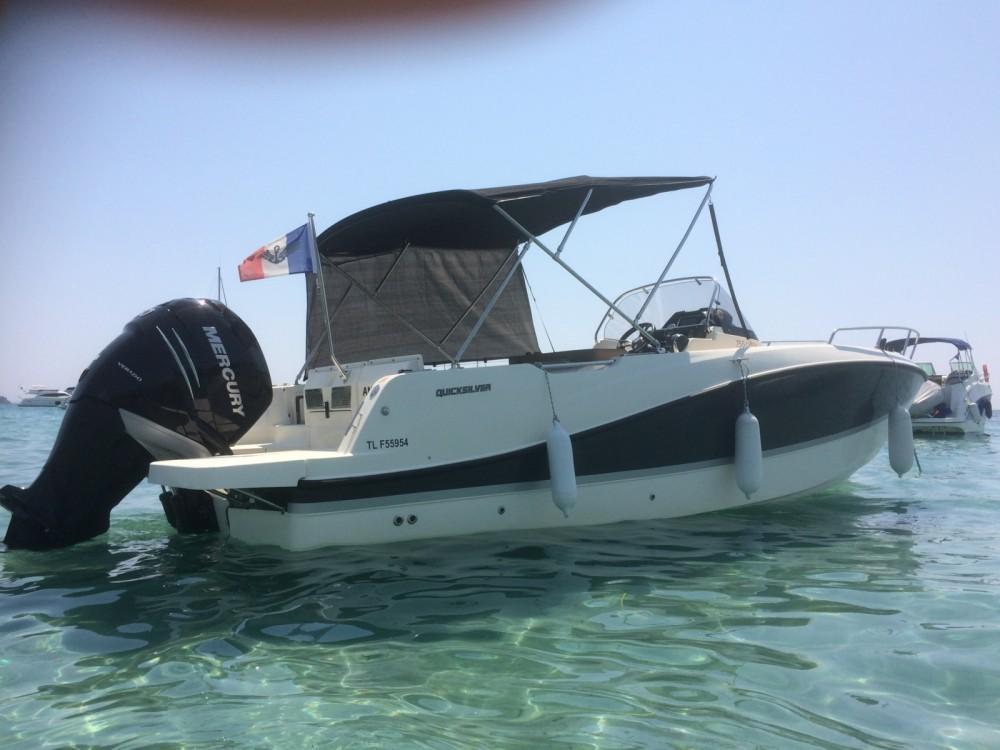 Location bateau Quicksilver Activ 755 Open à Hyères sur Samboat
