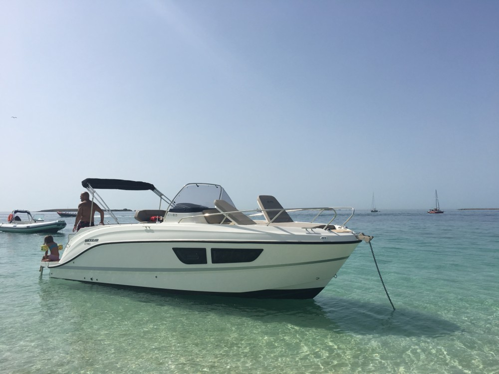 Hire Motor boat with or without skipper Quicksilver Port-la-Forêt