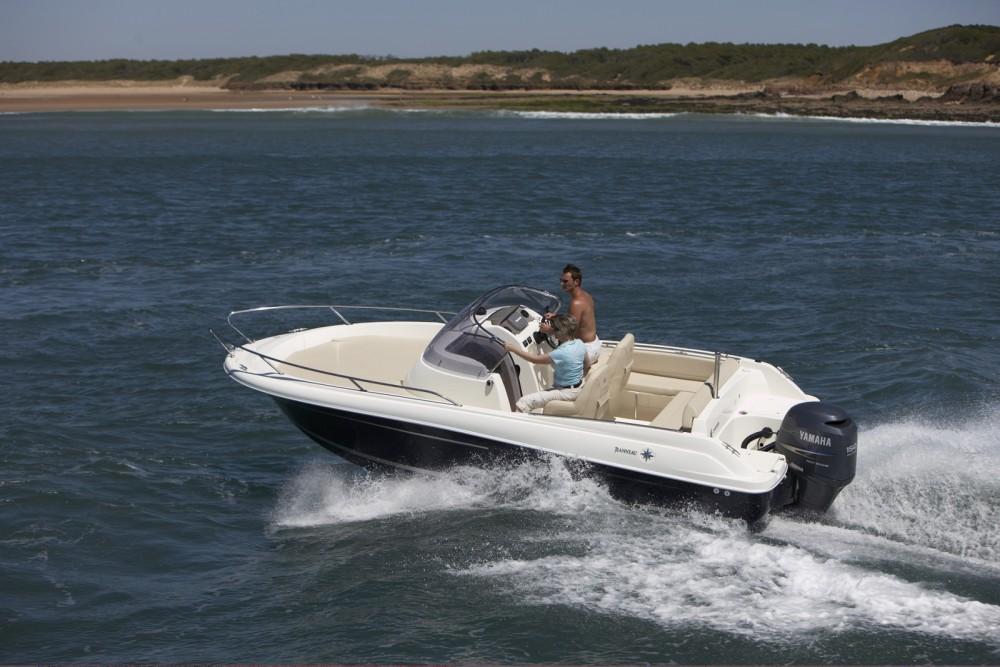 Location yacht à La Rochelle - Jeanneau Cap Camarat 635 WA sur SamBoat