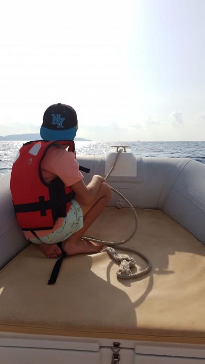 Location bateau Cavalaire-sur-Mer pas cher Tempest 505