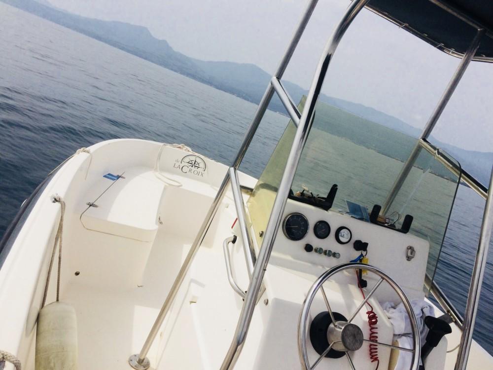 Louer Bateau à moteur avec ou sans skipper CD Marine à Saint-Cyprien