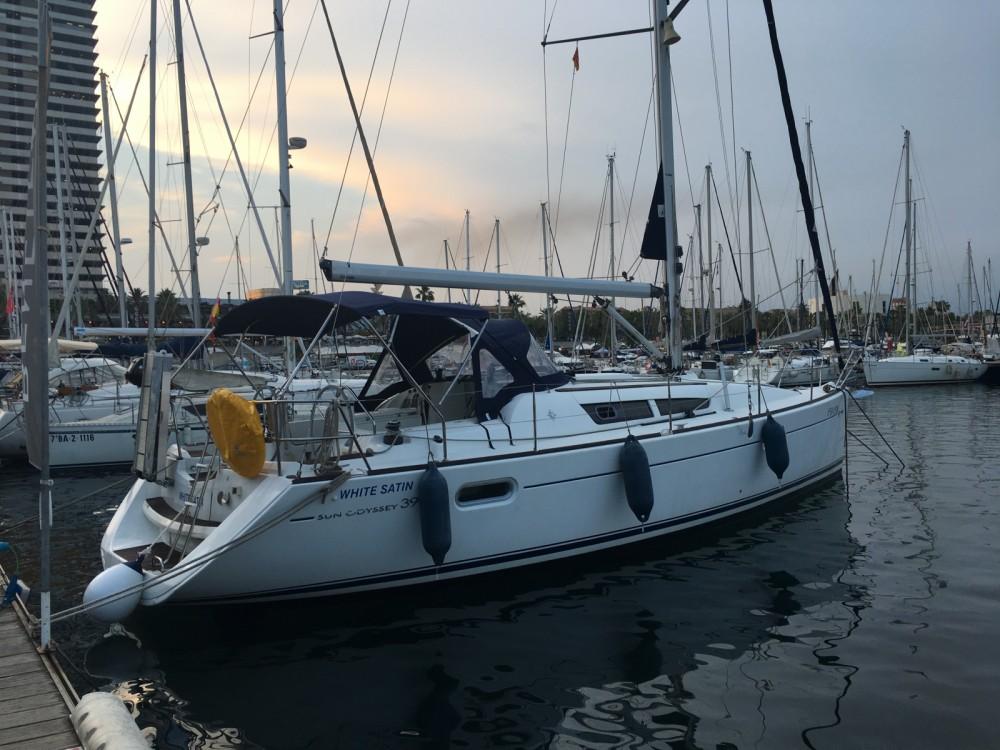 Alquiler de barcos Port Olímpic barato de Sun Odyssey 39i