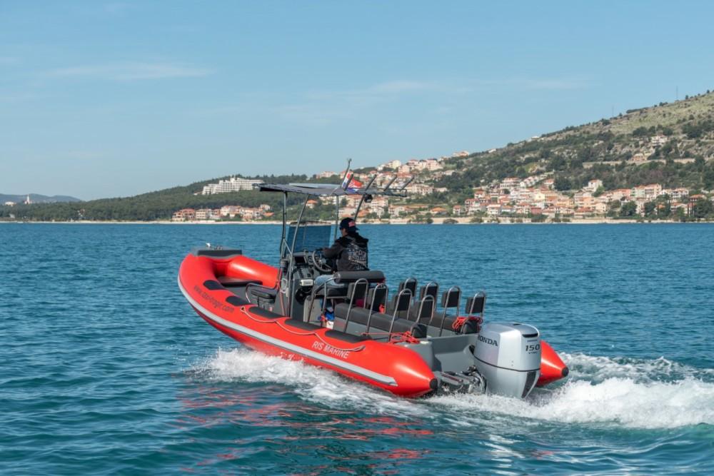 Louez un Ris Marine RM 599 Special à Trogir
