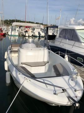 Location bateau Jeanneau Cap Camarat 6.5 CC à Pornic sur Samboat