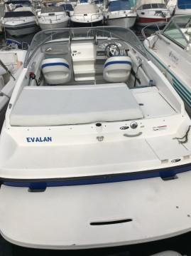 Louer Bateau à moteur avec ou sans skipper Bayliner à Marseille