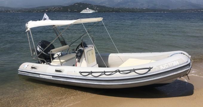 Louer Semi-rigide avec ou sans skipper Novamarine à Porto-Vecchio