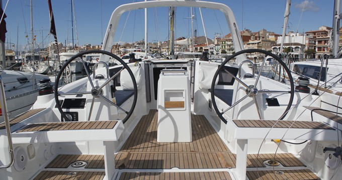 Location bateau Cambrils pas cher Oceanis 35.1