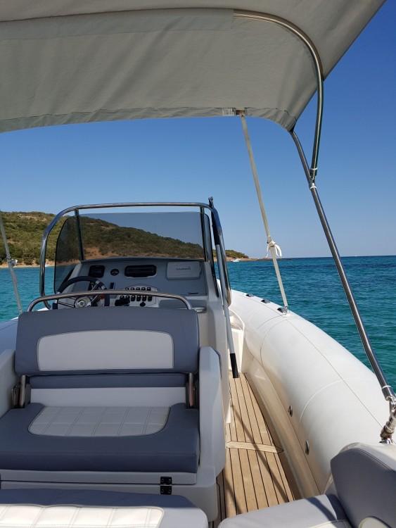 Location Semi-rigide à Porto-Vecchio - Marlin Marlin Boat 274