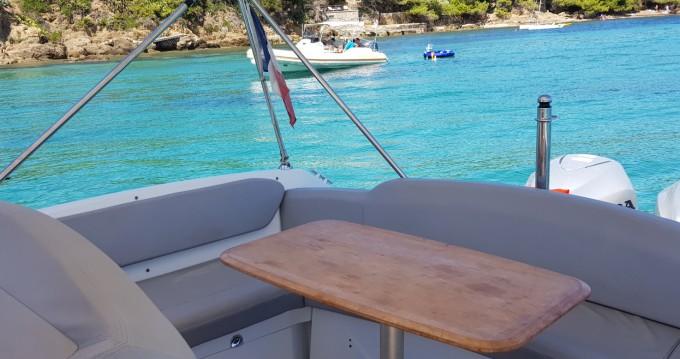 Louer Bateau à moteur avec ou sans skipper Bénéteau à La Londe-les-Maures