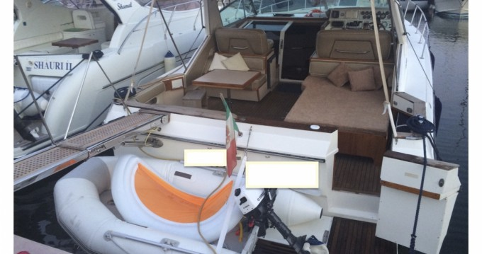 Location bateau Terracina pas cher Sea Ray 390