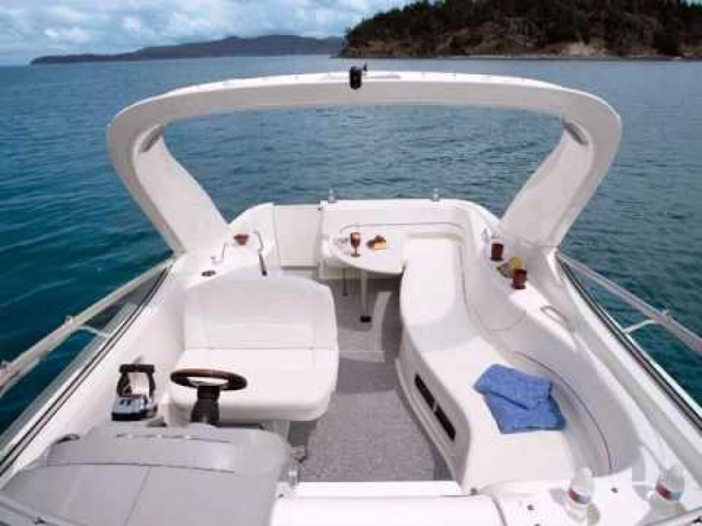 Rental yacht  - Bayliner Bayliner 320 on SamBoat
