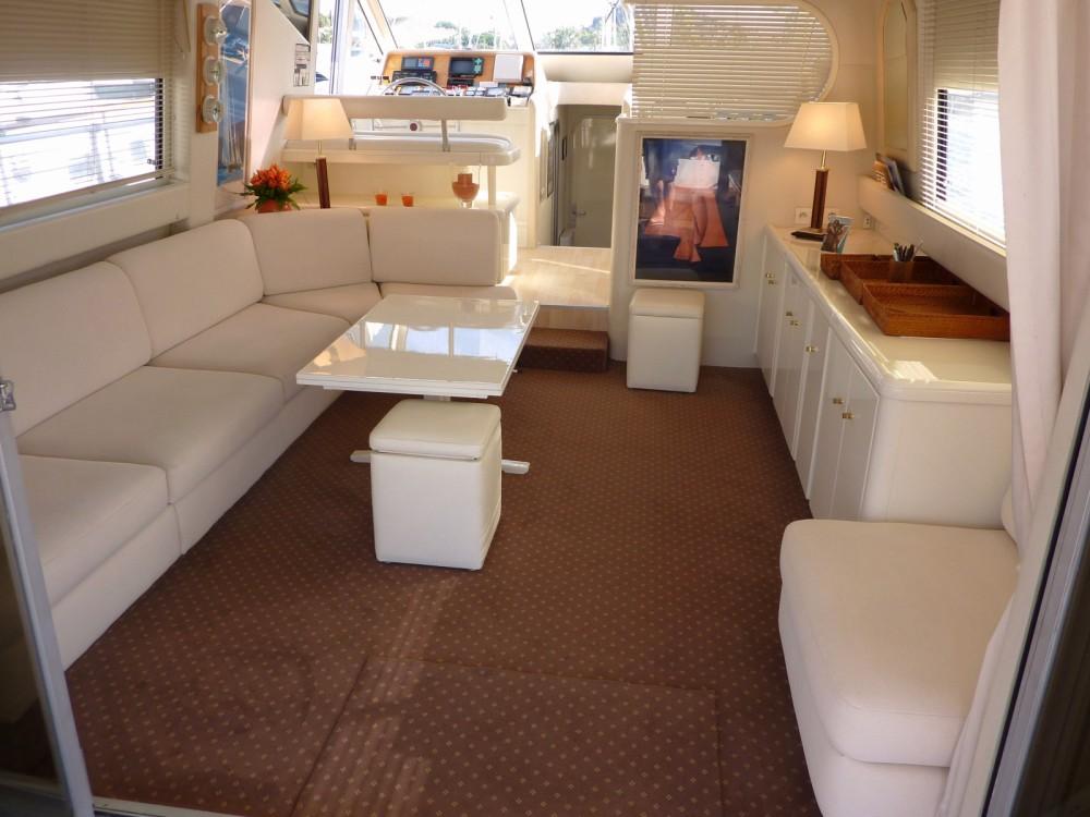 Location bateau Cavalaire-sur-Mer pas cher Guy Couach 1601