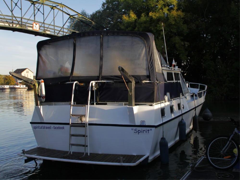 Houseboat for rent Draveil at the best price