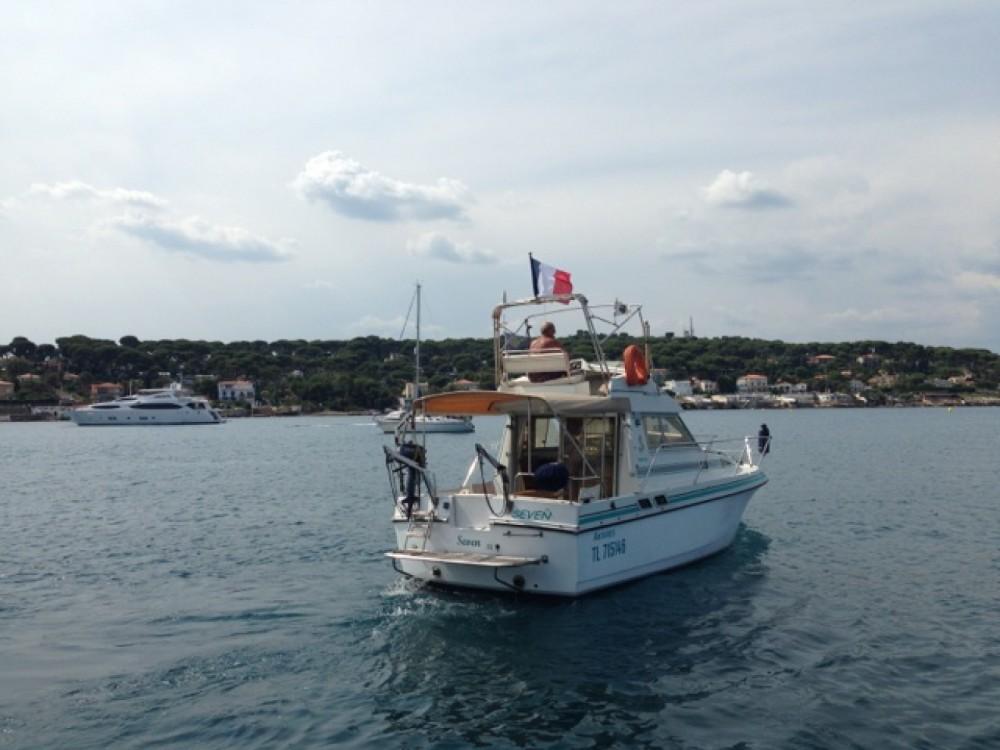 Louer Bateau à moteur avec ou sans skipper Bénéteau à Vallauris