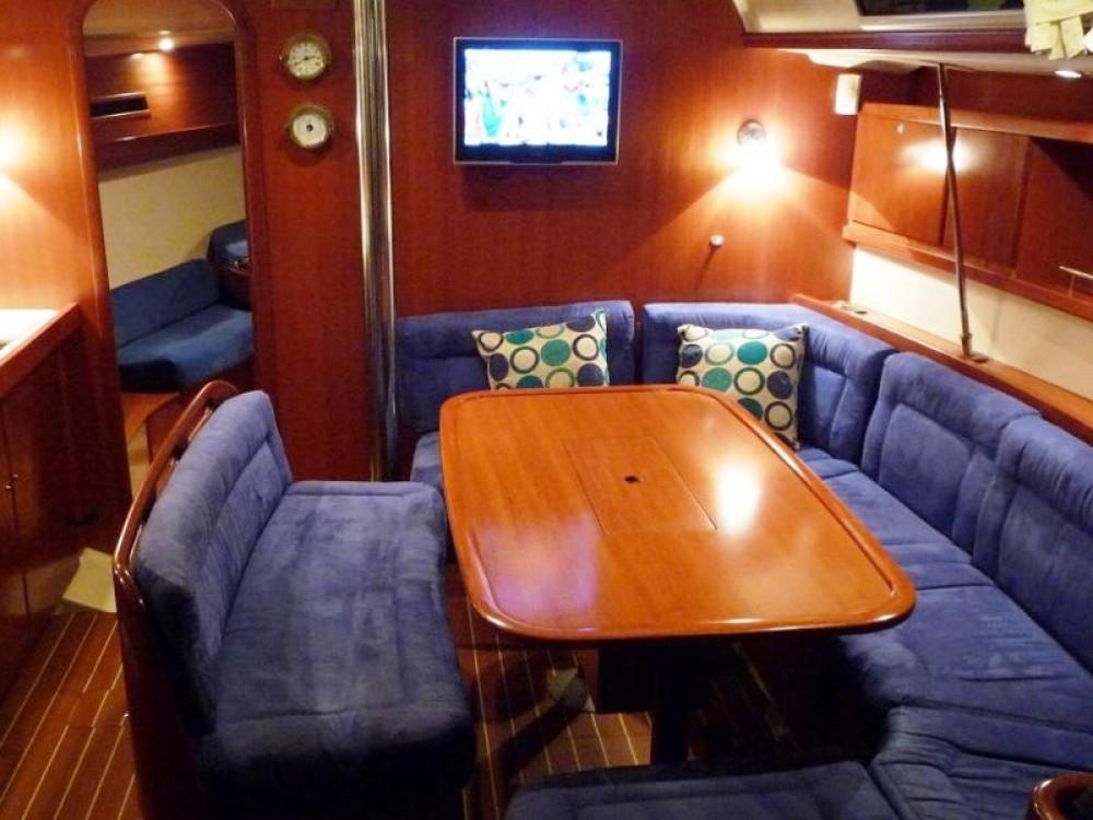 Location bateau Cannigione pas cher Dufour 425