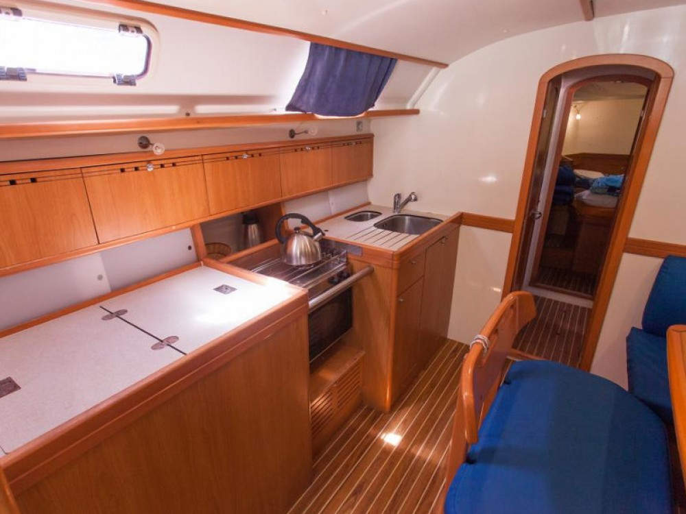 Hire Sailboat with or without skipper Poncin Yachts Raslina